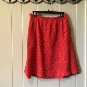 Casual full lace skirt with POCKETS!  Size 10